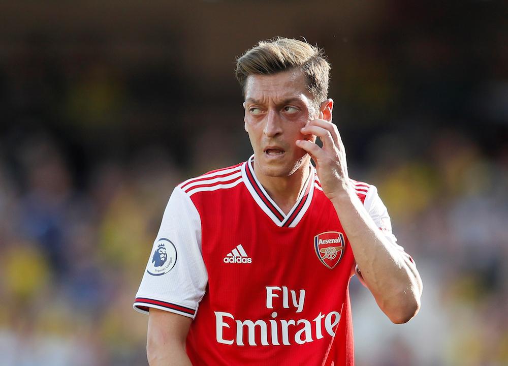 Paul Scholes vill se Özil i Manchester United