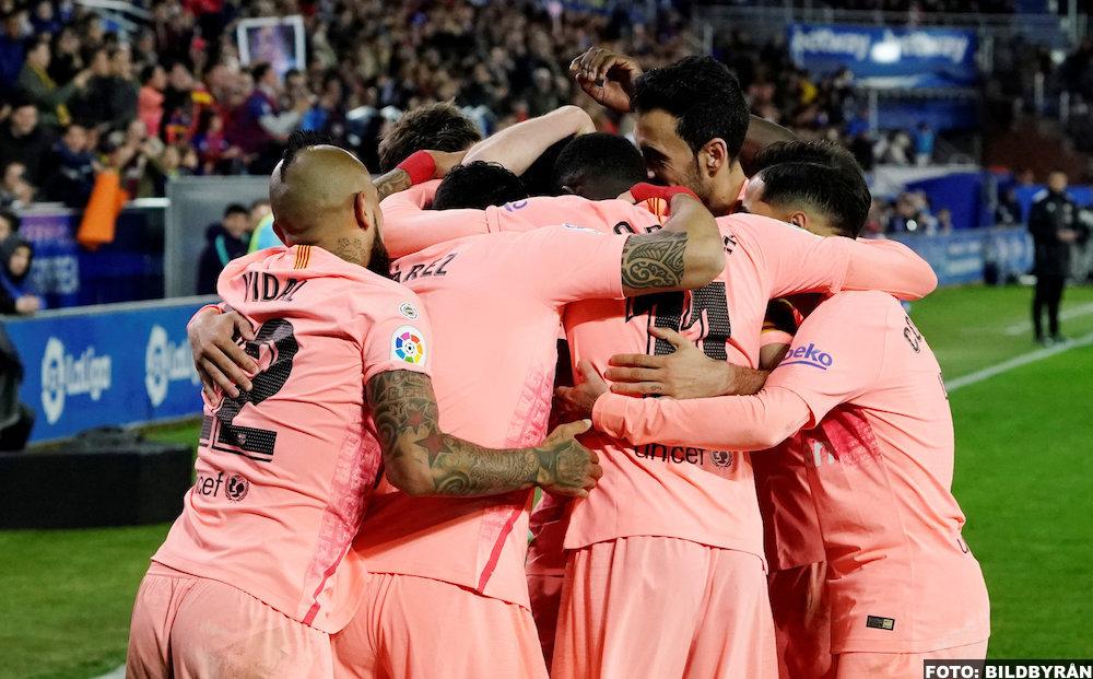 Barcelona kan snuva Arsenal på Upamecano