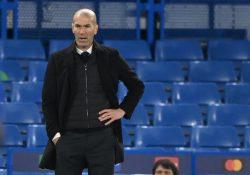 Zinedine Zidane närmar sig det franska landslaget