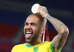 Officiellt: Dani Alves lämnar Sao Paulo